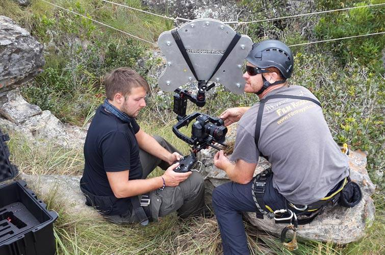 Film Riggers - Setting up Cablecam